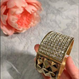 Crystal gold bangle